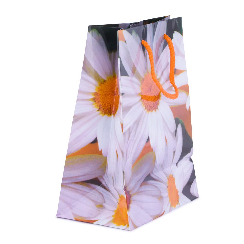 Punga de cadouri, cu flori