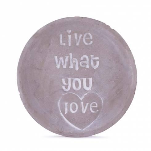 "Farfurioara decorativa, cu mesaj ""Live what you love"""