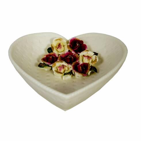 Farfurie decorativa in forma de inima, cu flori