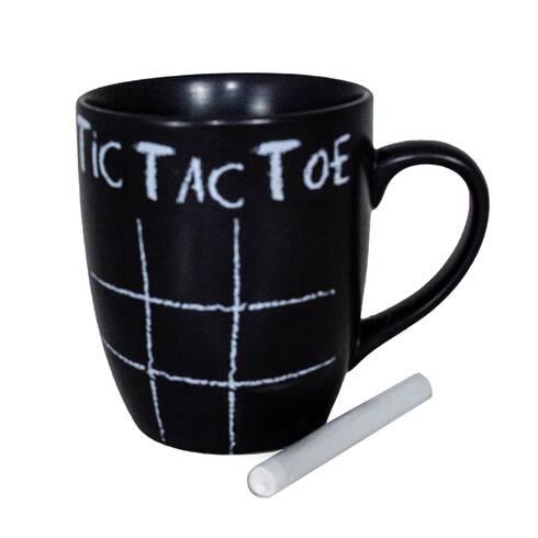 Cana  cu joc  TIC TAC TOE, si creta